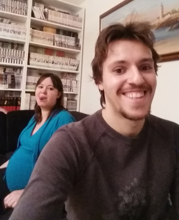 selfie-femme-enceinte-contraction-heureuse