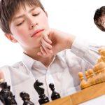 Mon fils adore le jeu d'échecs mais je suis nul !