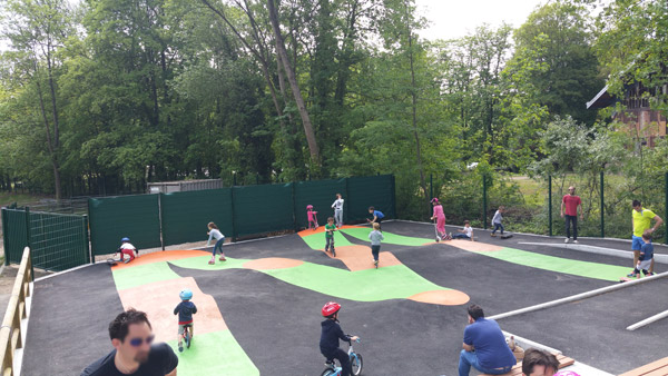 skate-park-enfant-trottinette-2