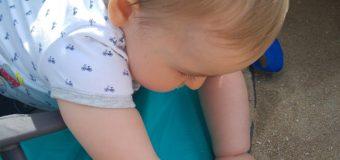 Première plage pour bébé – Fini la bronzette pour papa