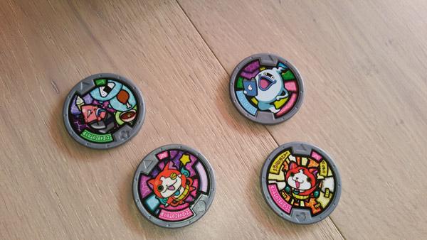 yo-kai-watch-jouet-medaillons