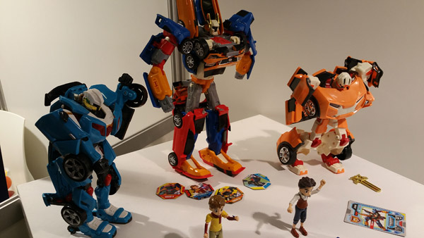 jouet-robot-tobot-x-y-tritan-z