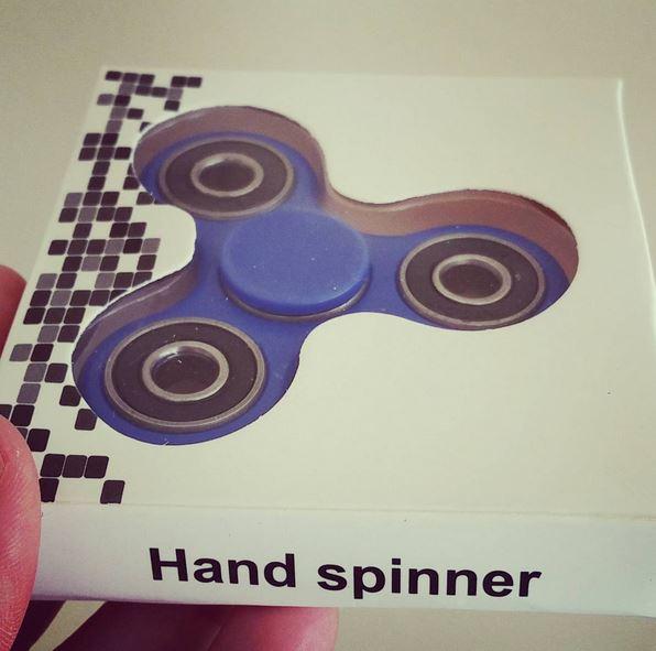 jouet gadget toupie hand spinner