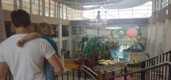 Avis sur l'Hôtel Explorers : Piscine et aire de jeux sur le thème des pirates