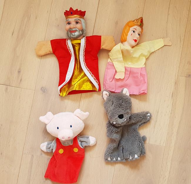 les-marionnettes-a-main